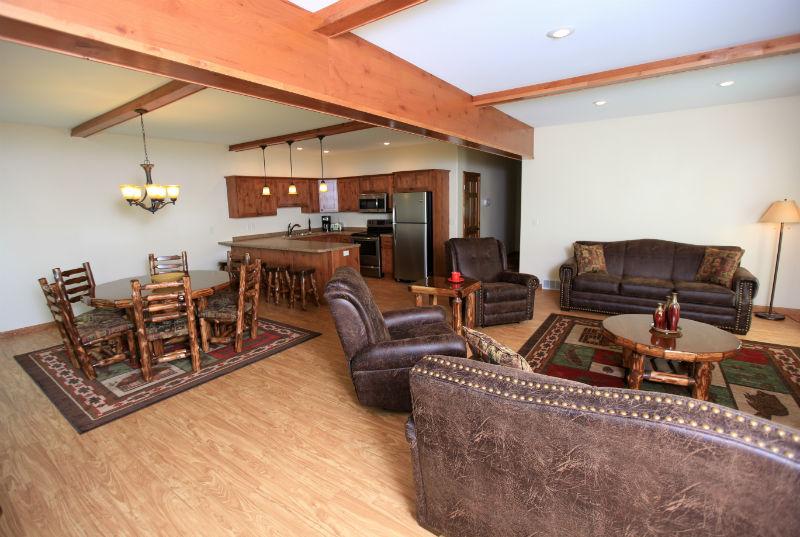 Two Bedroom Luxury Lake Home East Silent Resort