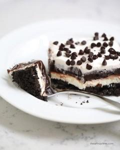 Chocolate-lasagna-recipe-from-I-Heart-Nap-Time